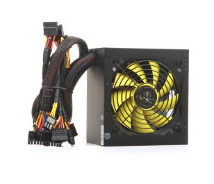 Akasa Viper 600W 80Plus Bronze Sertifikalı Single Rail Güç Kaynağı